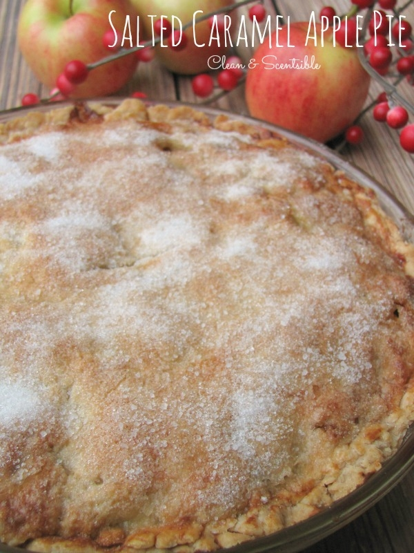 Salted-Caramel-Apple-Pie-1