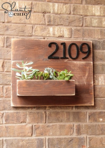 Address-Number-Wall-Planter-DIY-500x704