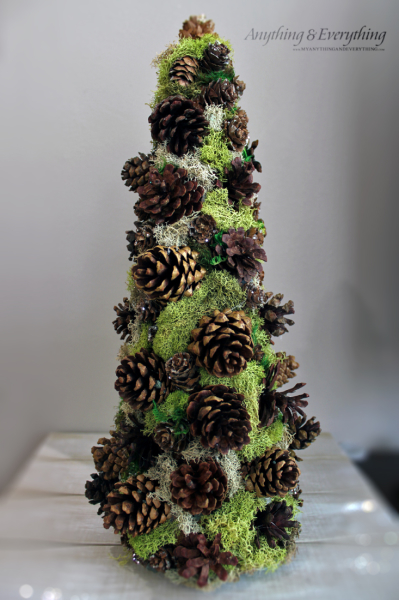 Pine Cone Decorative Tree