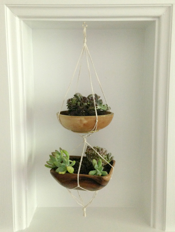 DIY-Mini-Hanging-Planter