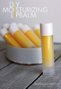 DIY Moisurizing Lip Balm