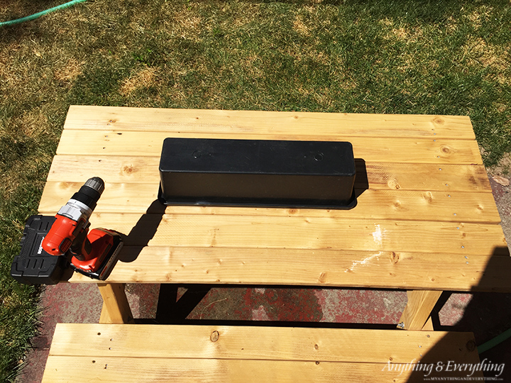 kids activity picnic table step 1
